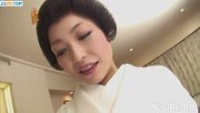 Скриншот для Японка нежно сосет член своему ухажеру