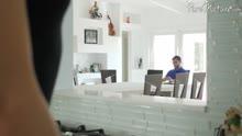 Скриншот для Гламурная азиатка ублажает гостя