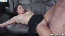 Скриншот для Жопастая шлюха стонет от секса в машине