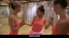 Скриншот для Балерины занялись групповым трахом
