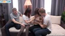 Скриншот для 19 летние брюнетки перепихнулись с парнями