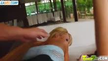 Скриншот для Подружки с классными задницами дрюкнулись с ухажерами