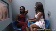Скриншот для Две черные девочки испытали неизвестный хер