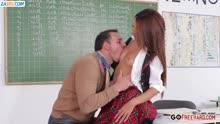 Скриншот для Студентка резво кувыркается с преподом