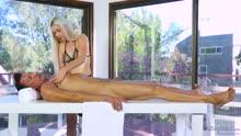 Скриншот для Порно массаж и секс с блондиночкой
